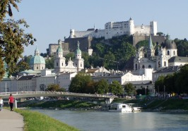 What to do in Salzburg - Salzburg 2.5-Hour Walking Tour: Mozart, Old Town & More