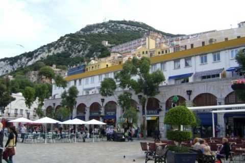 City Walking Tour Through Gibraltar