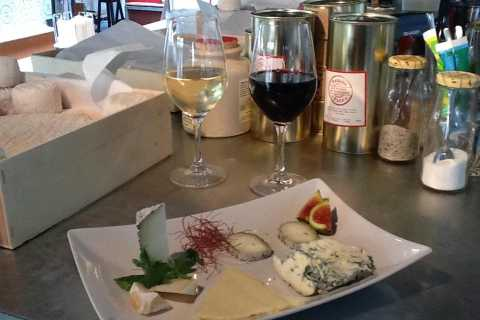 Paris: Small-Group Cheese and Wine Tasting in Le Marais