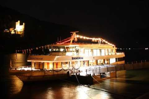 From Rüdesheim: 2-hour Christmas Boat Tour on the Rhine