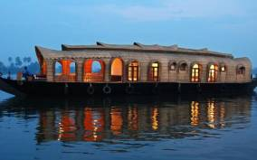 Cochin: Alleppey Backwater Private Day Cruise by Houseboat