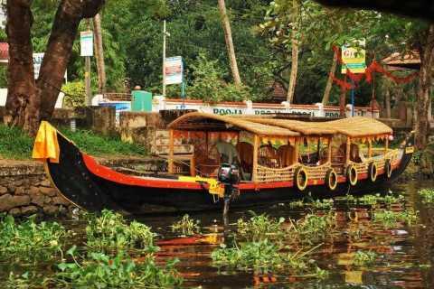 Alleppey / Alappuzha Backwater Canoe (Shikara) Cruise
