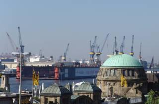 Hamburg: Private Stadtrundfahrt im eigenen Bus