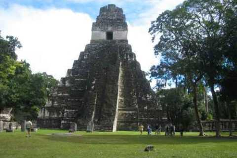 Tikal & Yaxha Archaeological Sites: 2-Day Tour