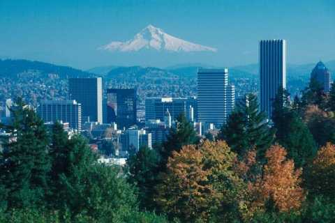 Portland: Full-Day City & Oregon Wine Tasting Tour