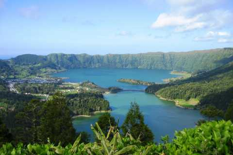 Azores: Sete Cidades Scenic 4WD Tour from Ponta Delgada