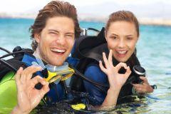 Excursão de mergulho de meio dia a Phi Phi Island Discover