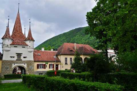 Bucharest: 12-Hour Tour of Brasov and Dracula's Castle