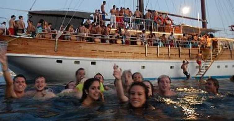 Malta: 5-timmars avslappnad piratbåtsfest med mat och dryck