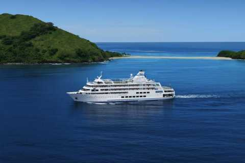 3-Night Mamanuca & Southern Yasawa Islands Cruise