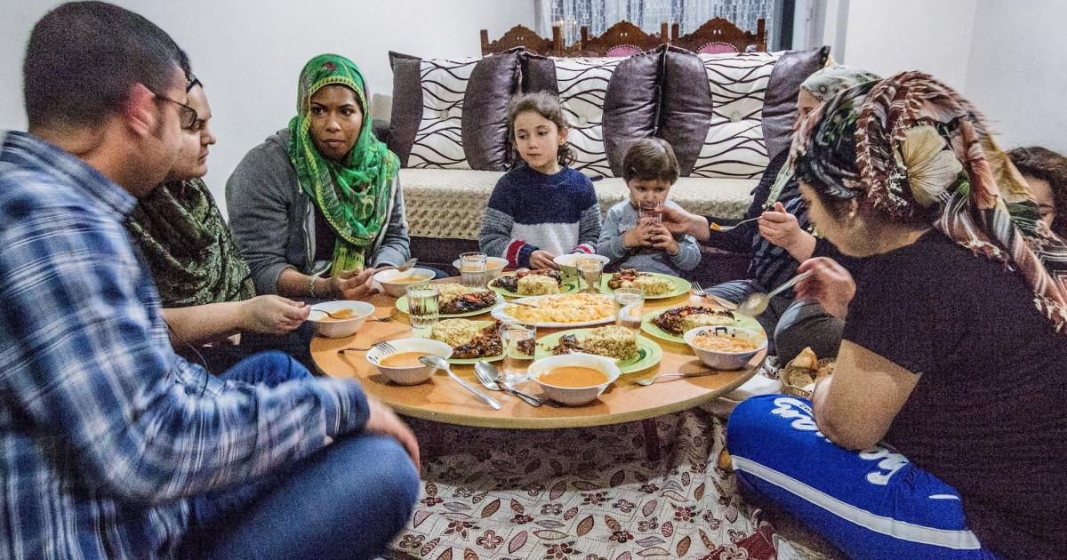 Istanbul: Home-Cooked Dinner with a Local Family | GetYourGuide