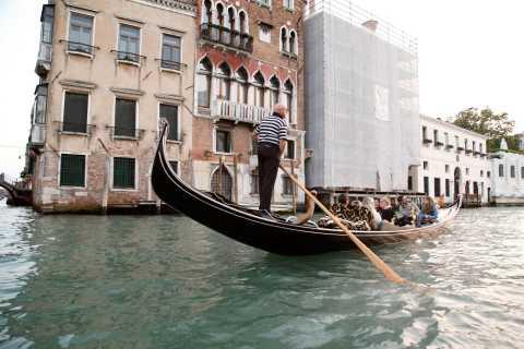 Venise : visite à pied et promenade en gondole partagée