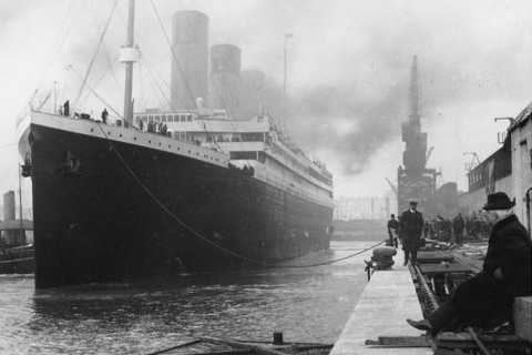 Cobh: 1-Hour Titanic Ghost Tour