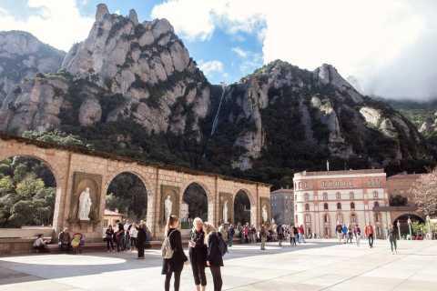 Basilique royale de Montserrat: visite et bus ou train