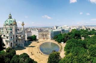 Wien: Flexible Privattour in Luxusvan oder Limousine