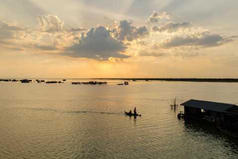 Sunset Dinner Tour: Tonle Sap Lake Floating Village