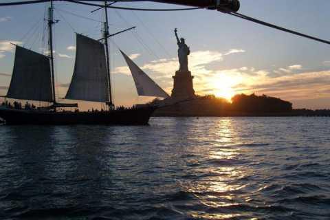 Solnedgang i New York: Båttur med skonnerten Adirondack
