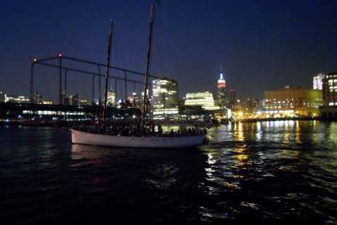 Cruise New York City Lights Schooner