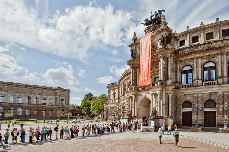 Kombiticket Dresden: Semperoper & Altstadttour