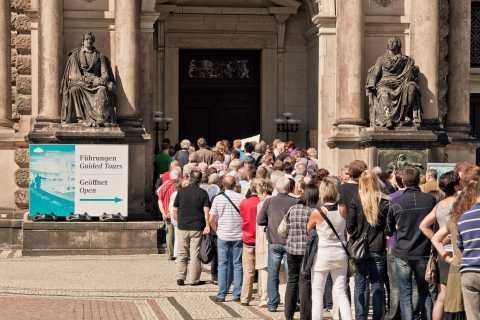 Dresda: visita della Semperoper e tour della Città Vecchia