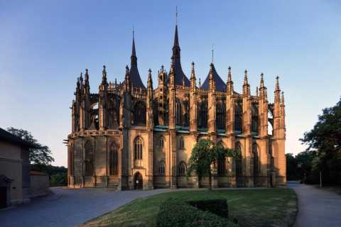 From Prague: Kutna Hora Walking Tour & St. Barbara Cathedral