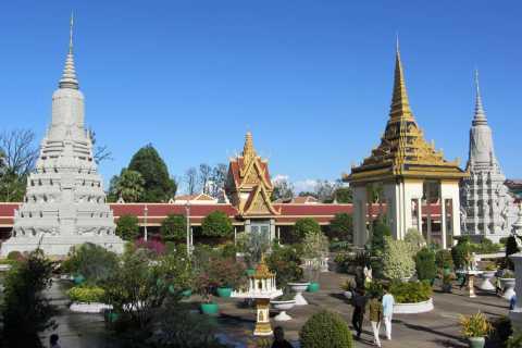 Phnom Penh Private Tour: Royal Palace, Silver Pagoda, S-21