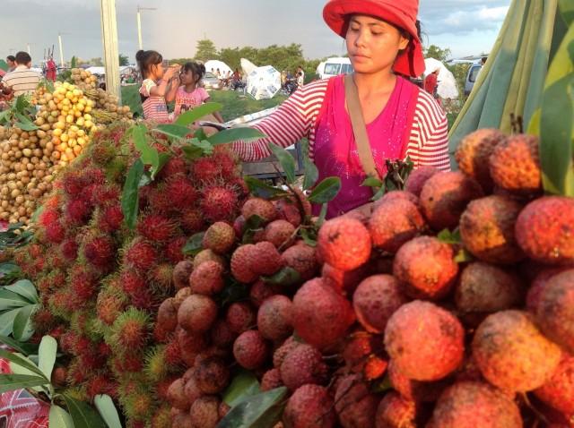 Siem Reap: Evening Street Food Tour