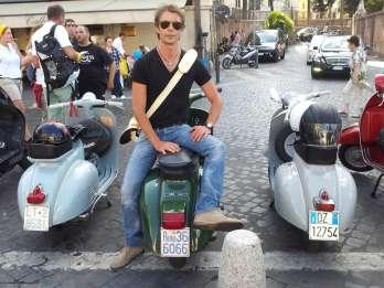 Rom: Halbtägige Vespa-Tour mit Fahrer