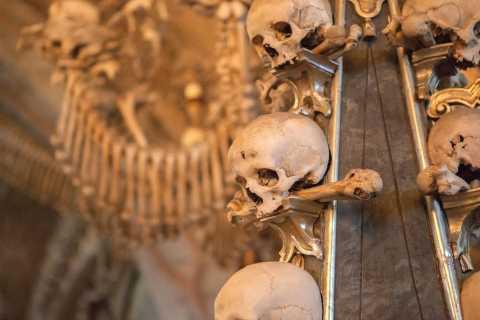 Kutna Hora UNESCO Site Tour with Bone Chapel from Prague