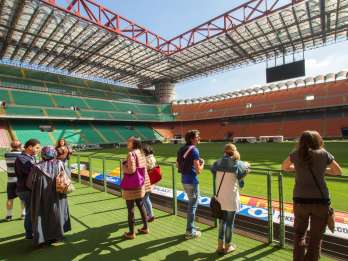 Mailand: San Siro-Stadion und Casa Milan per Sightseeing-Bus