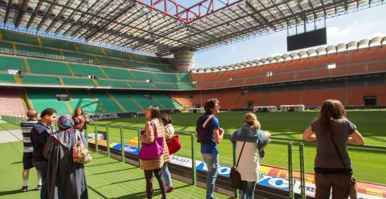 Milan: stade de San Siro et Casa Milan en bus touristique