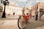 Barcelona on Bike Tapas and Sightseeing Tour