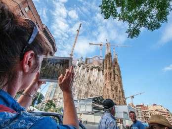 Von der Plaça Catalunya: Sagrada Familia ohne Anstehen