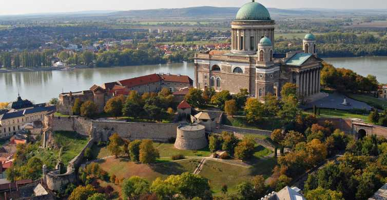 Danube Bend: tour privato di 8 ore in pensione completa da Budapest