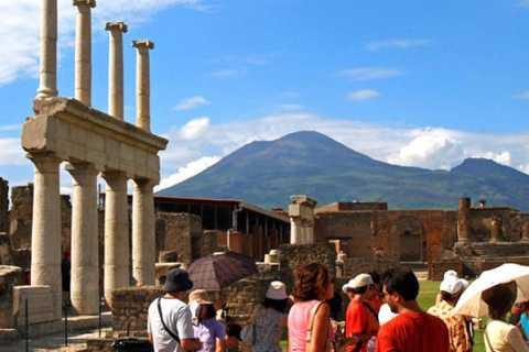 From Naples: Pompeii, Sorrento, and Positano Day Tour