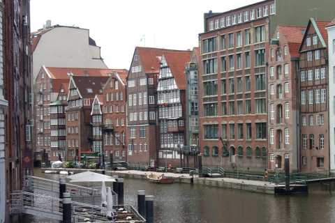 Hamburg: Compact Tour - City, Port, Hafencity & St. Pauli
