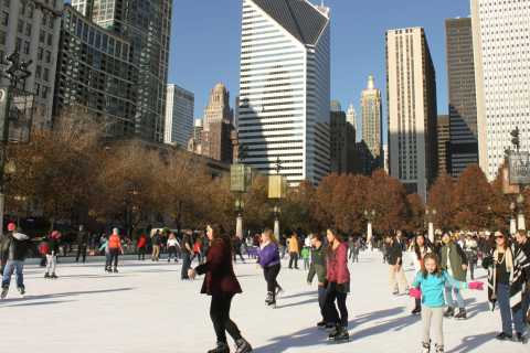 Chicago Holiday Season: Guided Walking Tour and Samples