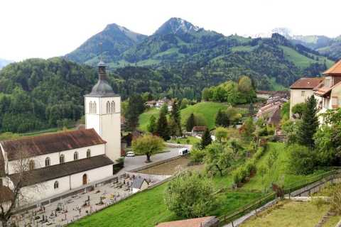 Interlaken: Cheese and Chocolate Full-Day Food Tour
