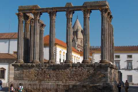 Évora & Estremoz Private Tour from Setubal/Palmela