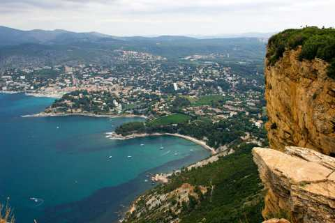 Discover Cassis: Half Day Tour from Marseille
