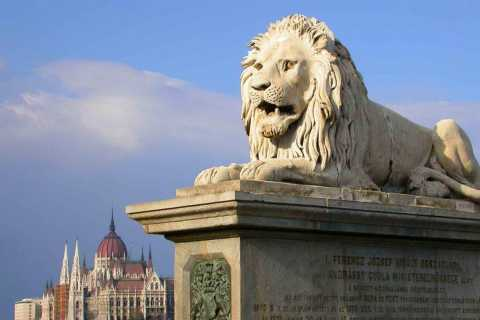 Budapest: Pest Stories & Legends Private Tour