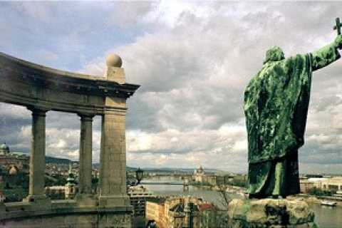 Budapest legends and secrets: private walking tour