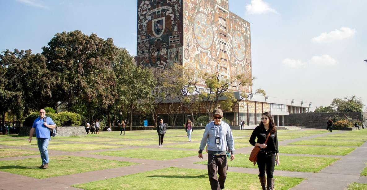 Xochimilco & Coyoacan Full-Day Tour with Frida Kahlo Museum