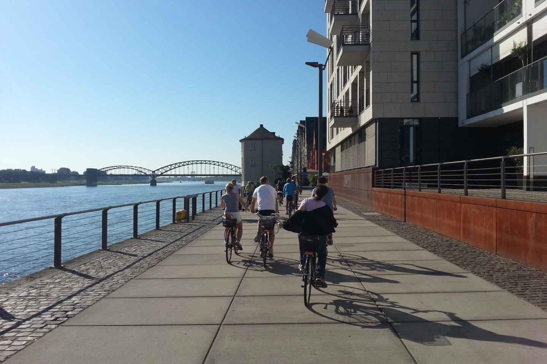 Köln 3-stündige geführte Fahrradtour auf Deutsch
