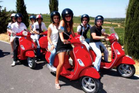 From Florence: Chianti Day Trip on a Vespa