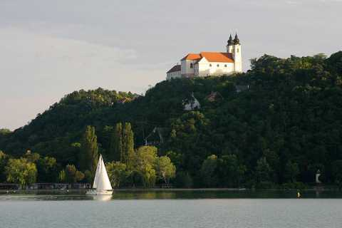 Tour di un'intera giornata sul Lago Balaton da Budapest