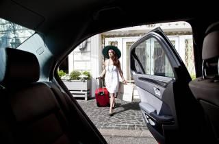 VIP-Transfer ab Flughafen Mailand-Linate für 3 Personen