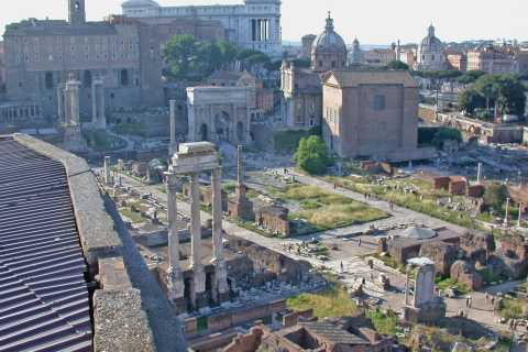 Discovering Historic Rome: Half-Day Private Tour by Car