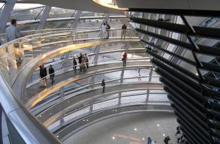 Berlin: Reichstagskuppel & Regierungsviertel