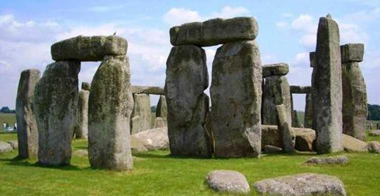 Fra London: Southamptons krydstogtsterminal via Stonehenge